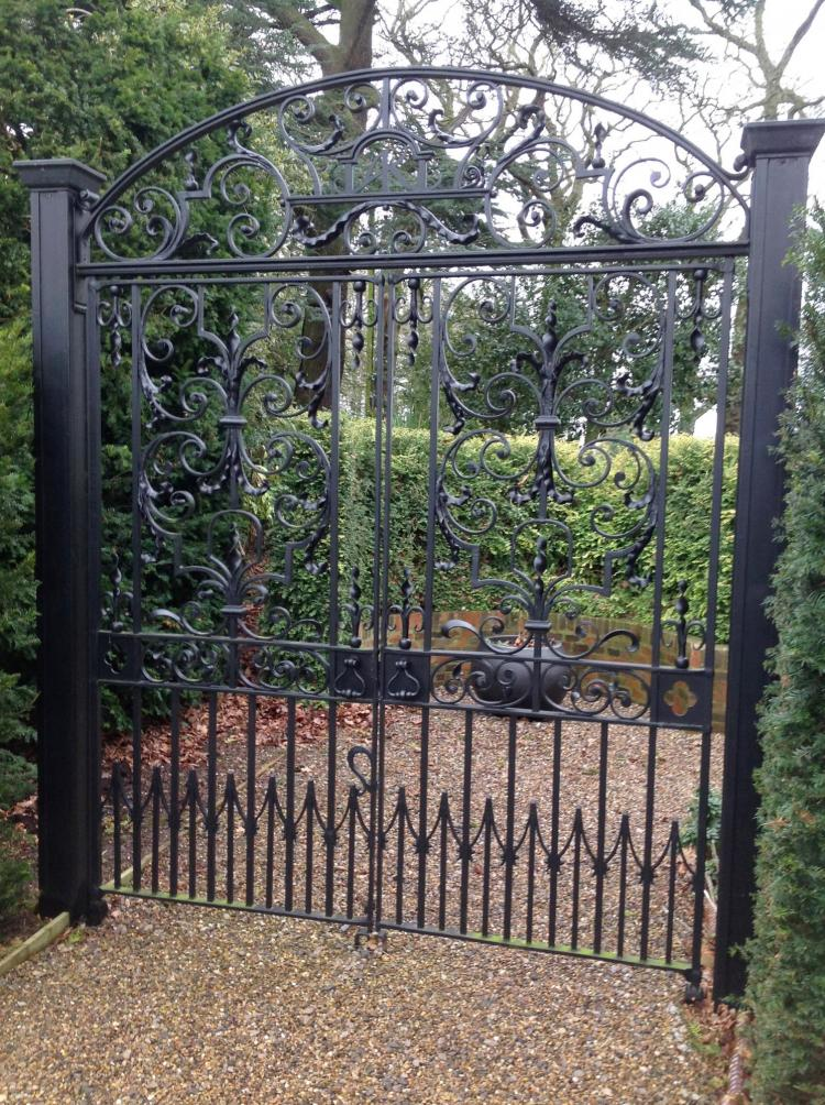 Peat Oberon Gates
